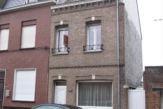 Charmante woning op 90m² met zonnig dakterras. Rustige ligging.