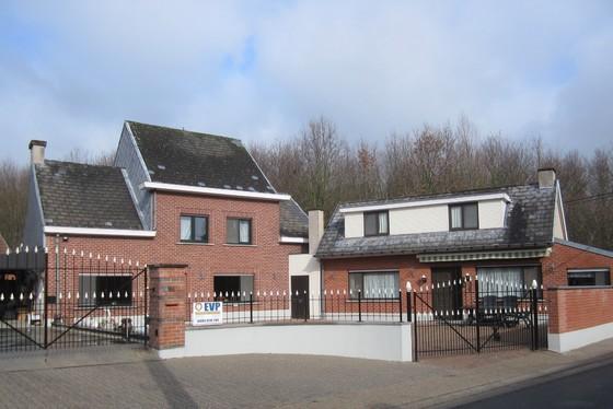 BEZOEK OP AFSPRAAK 0488.85.81.84 Charmante hoeve op 635m² gelegen in het hartje van de Vlaamse Ardennen.