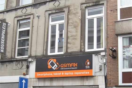 Commerciële handelsruimte van 53m² gelegen in het centrum van Zottegem. Ideale investering!
