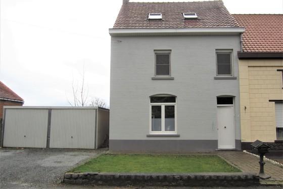 Charmant gerenoveerde woning op 542m² gelegen in het hartje van de Vlaamse Ardennen.