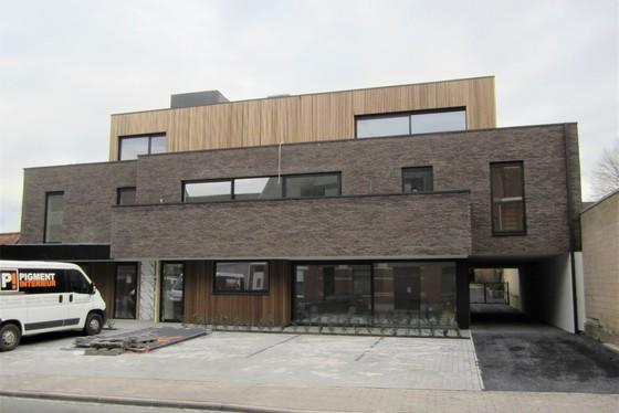 Prachtig nieuwbouw appartement van 2019 met zonnig terras van 37m² en staanplaats.