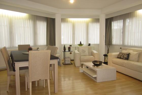 Prachtig lichtrijk appartement v 73m² gelegen op de 1ste verdieping met lift.