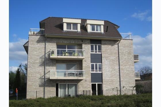 Prachtig nieuw appartement met zuid-gericht terras !!! Verkoop onder registratie, klein beschrijf mo...