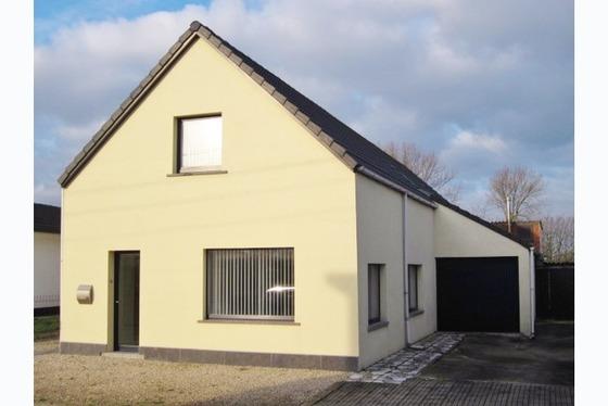 VERKOCHT OP 1 STE BEZOEKDAG Charmante open bebouwing op 803m² hartje Vlaamse Ardennen. Totale renov...